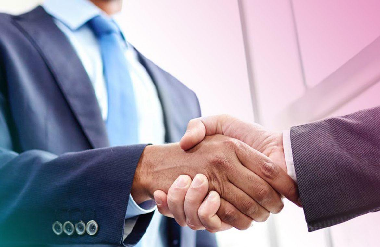 OneGold объявил о сотрудничестве с BitPay для покупки золота за криптовалюту